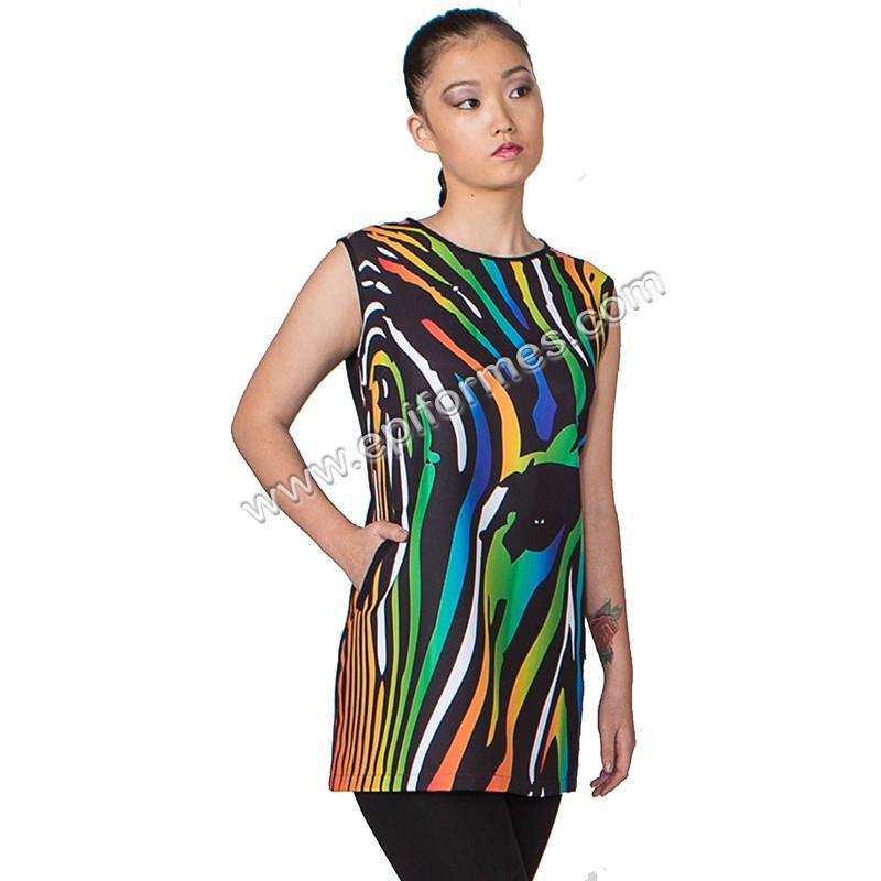 .Vestido modelo cebra