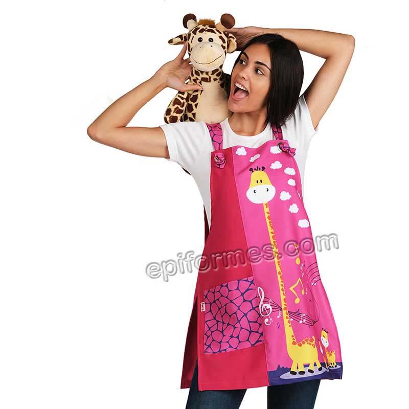Estola maestra jirafa